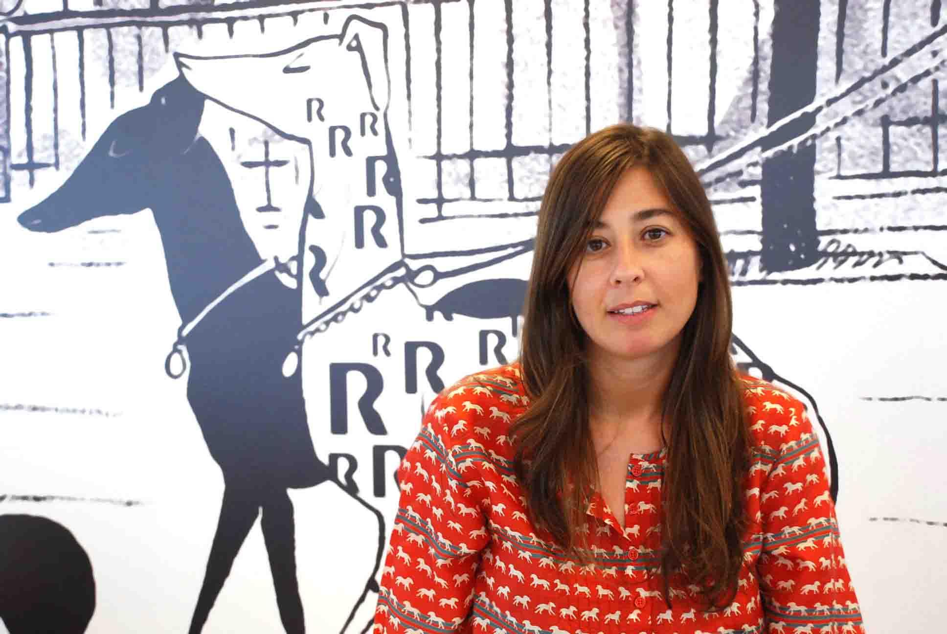 Carmen Viana R