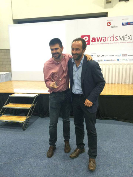 Elogia premio eAwards